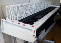 Цифровое пианино с божьими коровками, созданное на 3D-принтере